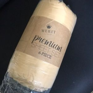 Merit Linens Bedding - King Premium 6 Piece Sheet Set GOLD